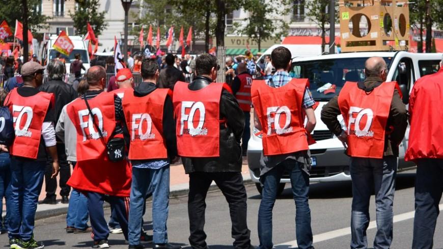 Entre 2300 et 6000 manifestants à Lyon pour la première mobilisation interprofessionnelle depuis la rentrée