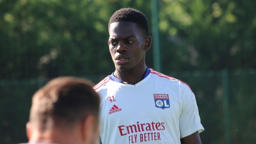Bleuets : Melvin Bard blessé, Lukeba (OL) appelé par Sylvain Ripoll