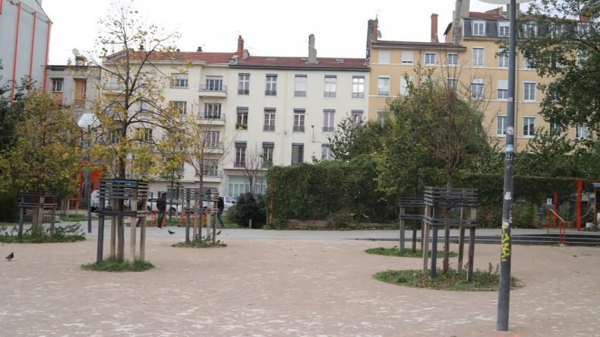 """""""Rien d'illégal dans l'occupation"""" de la place Mazagran à la Guillotière selon la maire du 7e arrondissement de Lyon"""