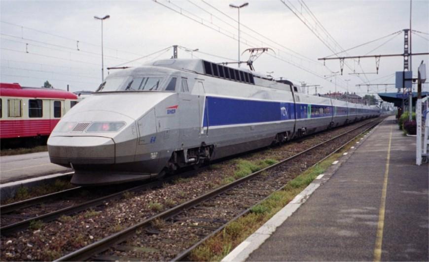 Mauvaise soirée pour les voyageurs d'un TGV Paris / Bourg-en-Bresse