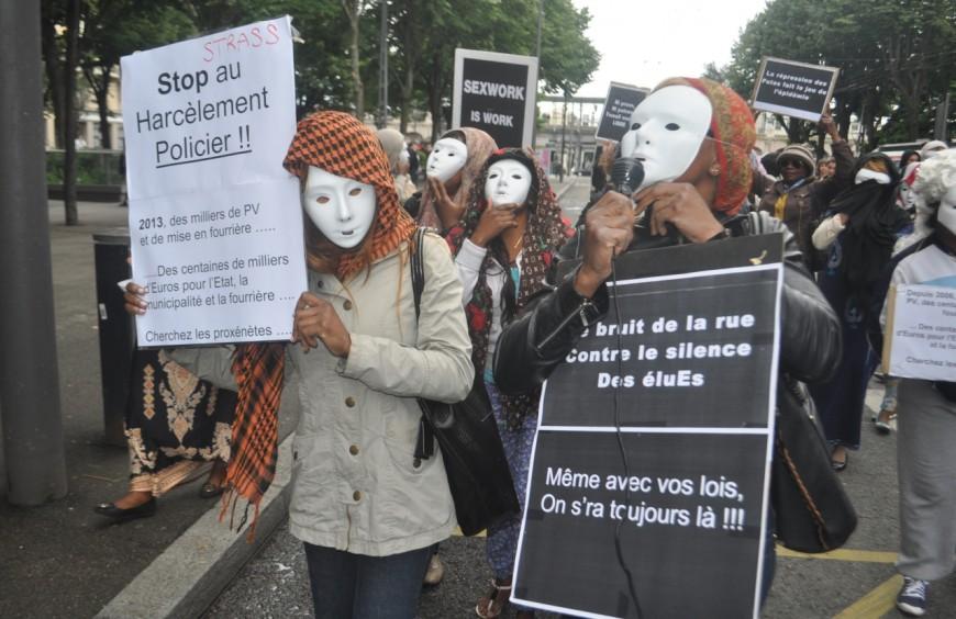 """Les prostituées de Gerland manifestent : """"On ne peut plus exercer notre métier !"""""""