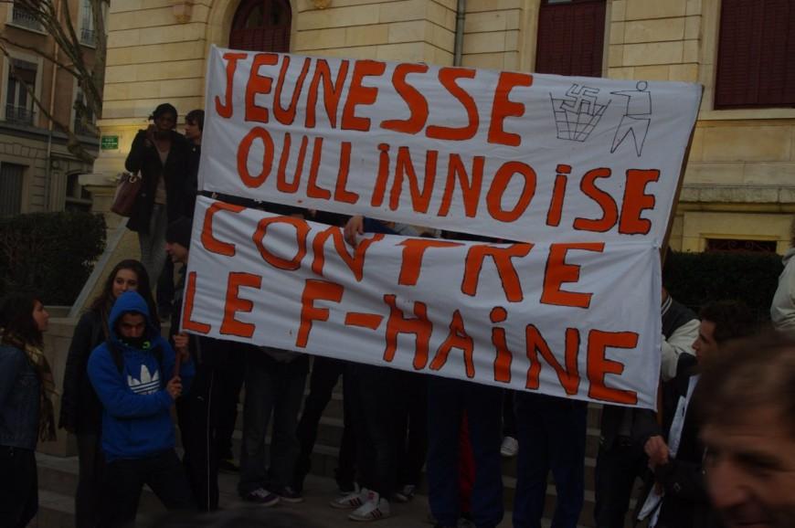 300 personnes à la manifestation anti FN à Oullins