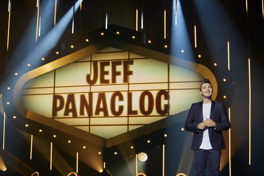 """Jeff Panacloc casse les codes du """"spectacle"""" à la Halle Tony Garnier"""