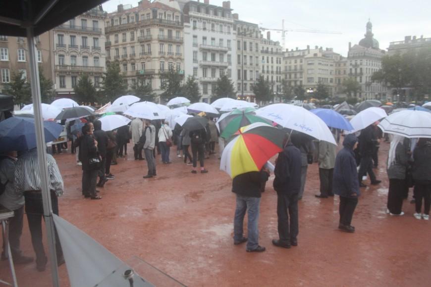 500 personnes réunies à Lyon pour l'accueil de réfugiés