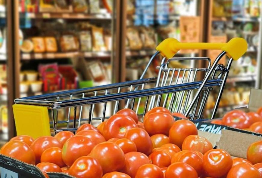 Lyon : les produits non essentiels bannis des grandes surfaces dès mardi