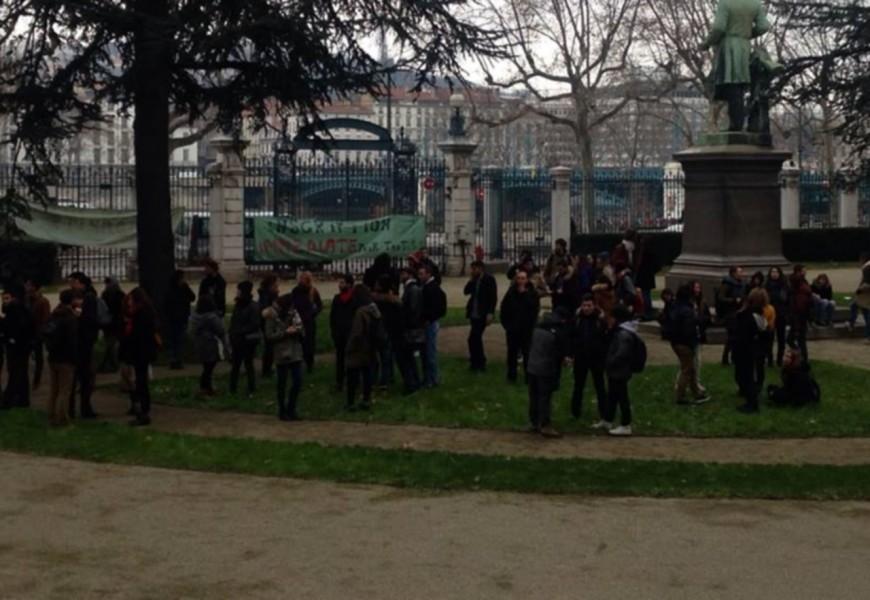 Université Lyon 2 : le sort des douze étudiants étrangers en suspens