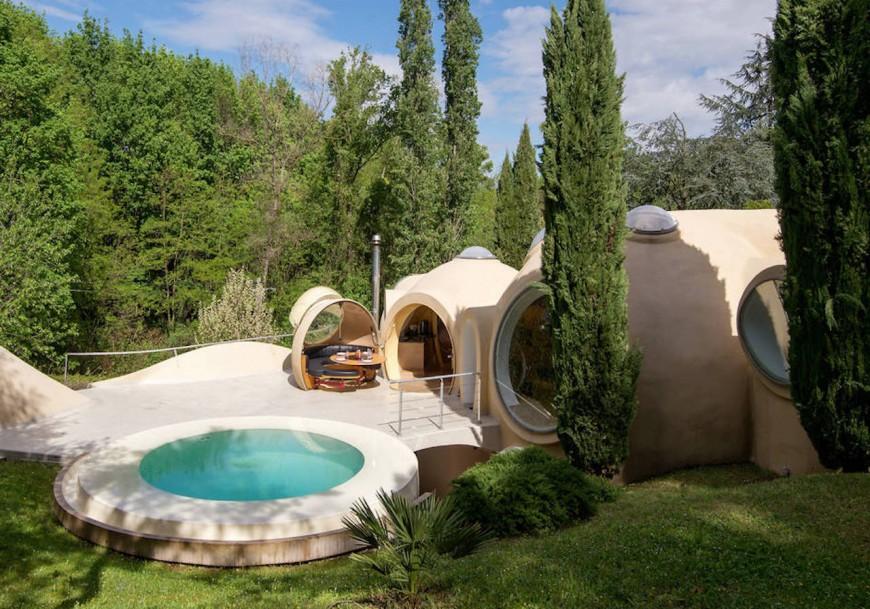 Près de Lyon, une maison bulle en vente à 6,5 millions d'euros