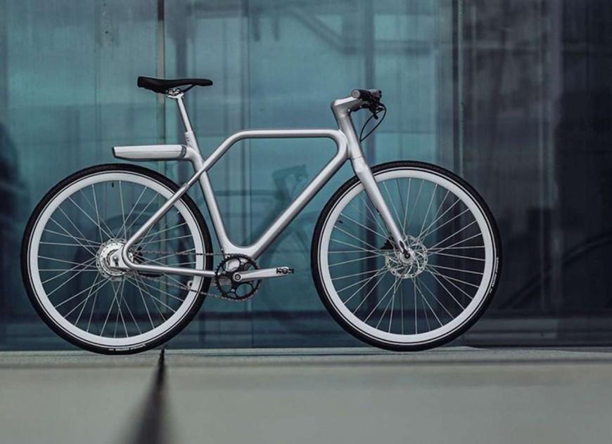 SEB chargé de la fabrication des vélos électriques haut de gamme de Marc Simoncini