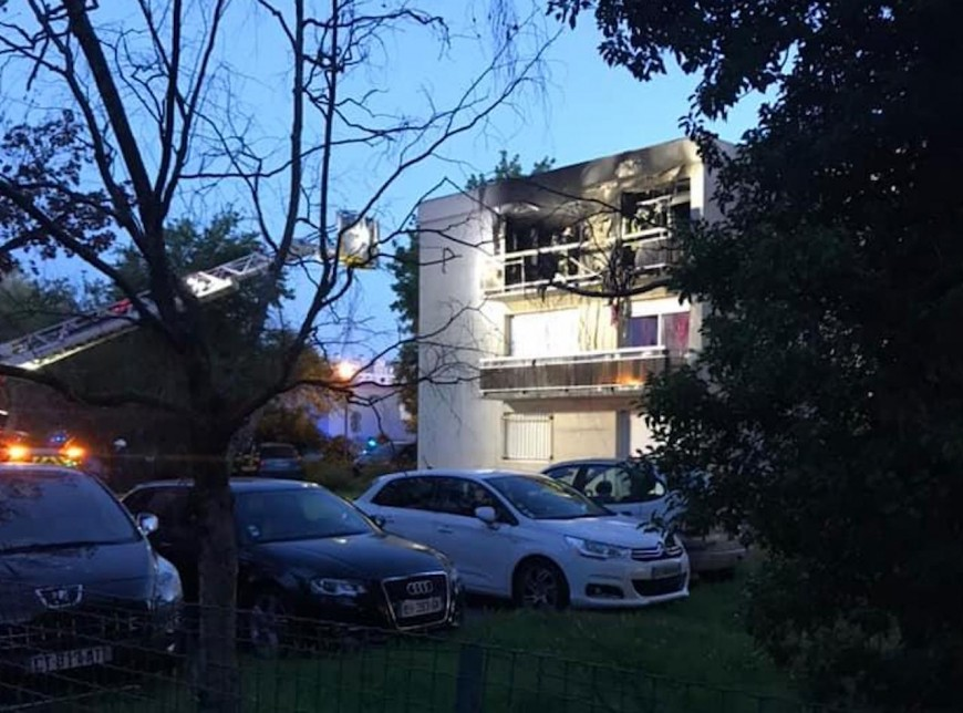Rillieux : un feu d'appartement entraine l'évacuation de l'immeuble