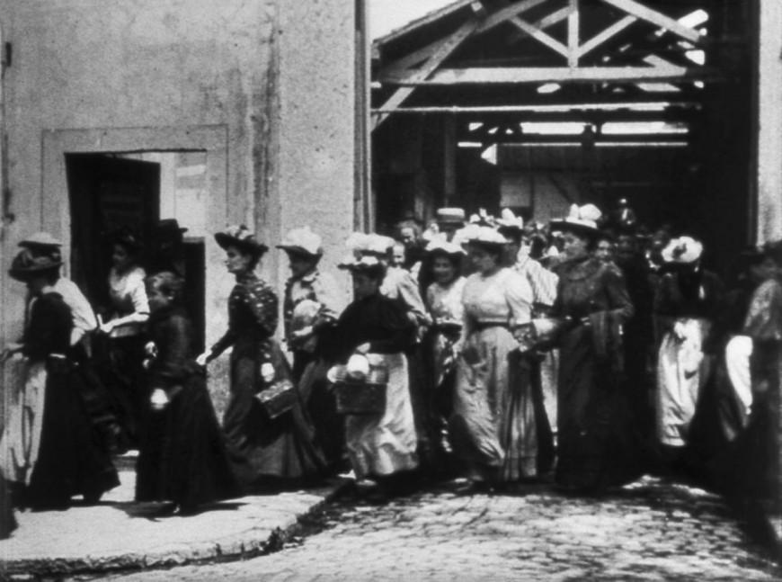 Les 125 ans du 1er film de l'histoire du cinéma soufflées dans un Lyon confiné