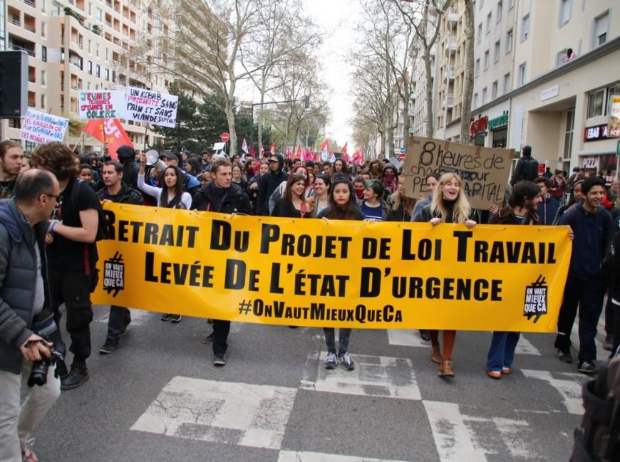 Loi El Khomri : entre 11 000 et 30 000 personnes réunies à Lyon, des incidents en fin de parcours
