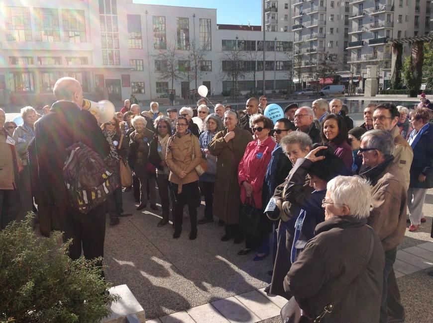 Rassemblement près de Lyon pour le droit de mourir dans la dignité