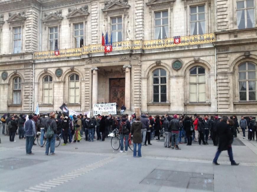 Lyon : le rassemblement pour le droit au logement a réuni près de 1 000 personnes