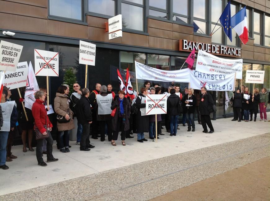 Les salariés perturbent l'inauguration de la nouvelle Banque de France à Lyon