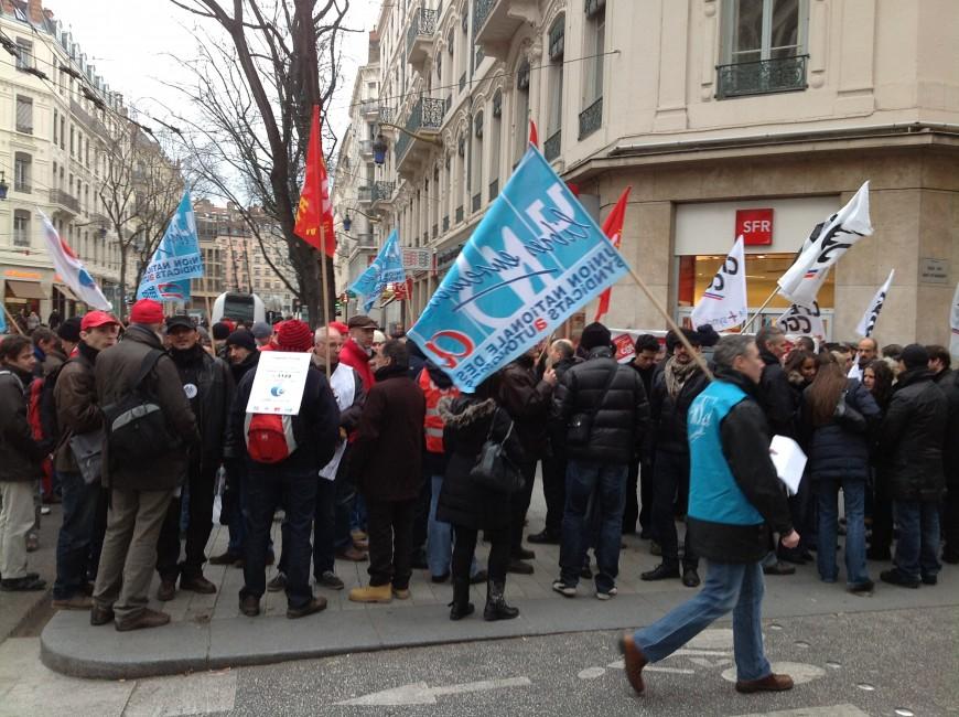 SFR : 150 personnes manifestent à Lyon contre le plan de départ