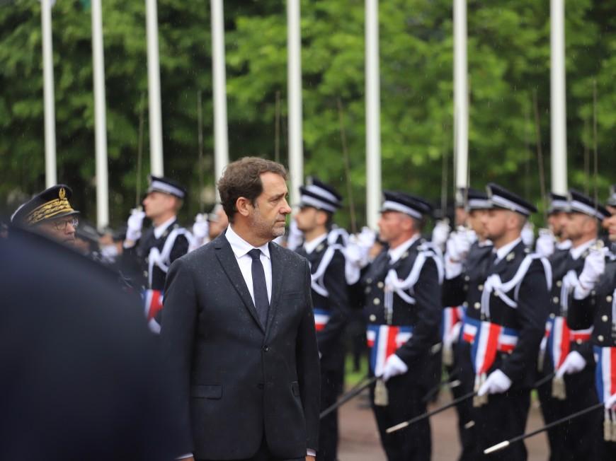 Lyon : Christophe Castaner a rencontré le policier frappé dans le 7e