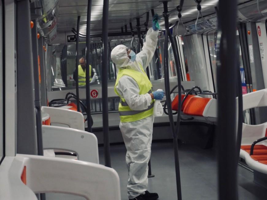 Lyon : masques obligatoires lundi dans les TCL, des kits distribués