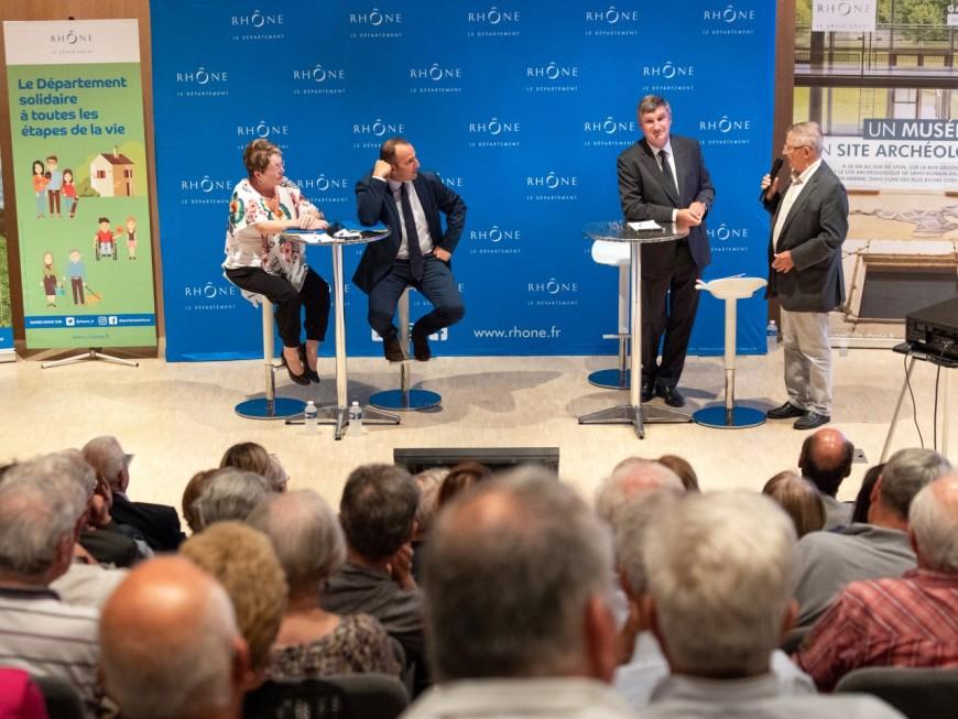 Rhône : une réunion publique co-animée par le président du Département et des gilets jaunes