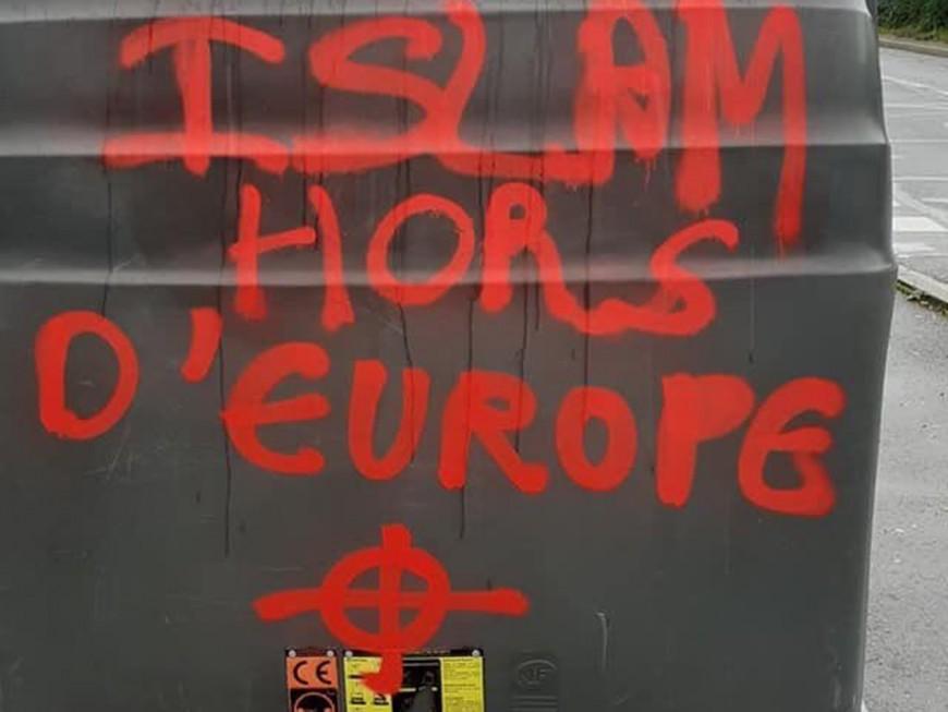 Des croix gammées et des tags islamophobes près de Lyon
