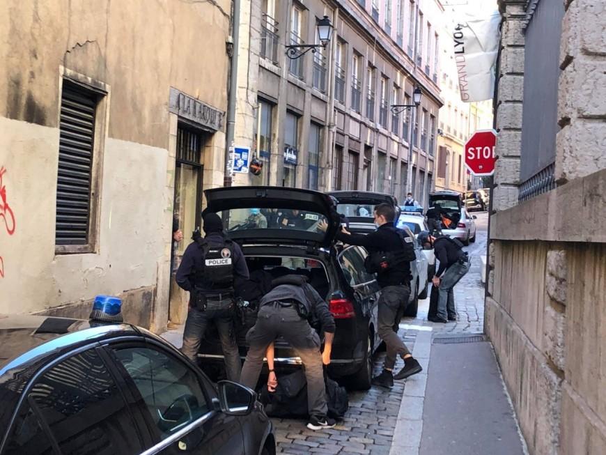 Périmètre bouclé dans le Vieux Lyon après un canular sur une fausse agression au couteau