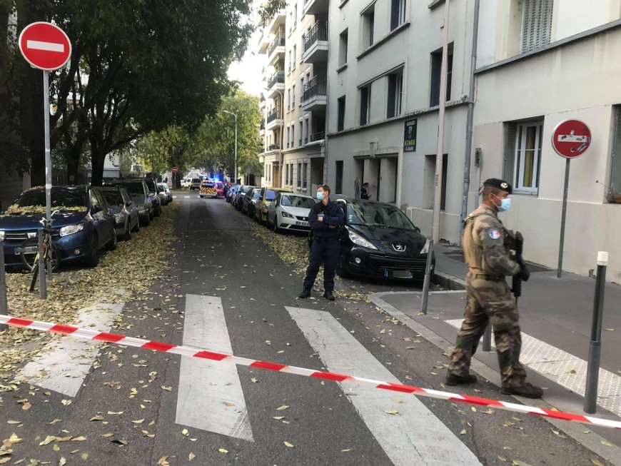 """Prêtre blessé par balles à Lyon : """"aucune hypothèse n'est écartée"""" selon le parquet"""