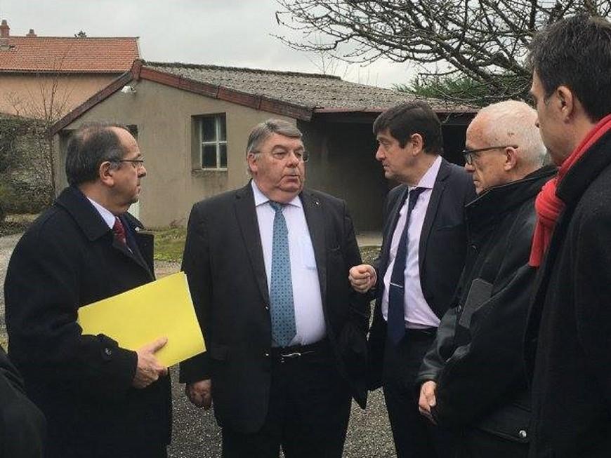 Logement social : le coup de com' du ministre fait enrager le maire de Chazay