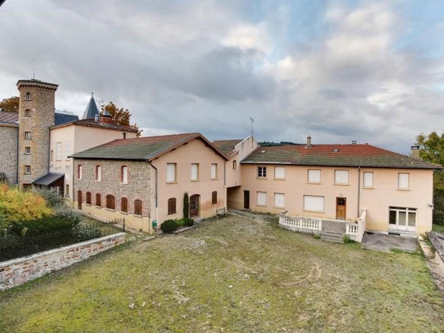 Le Département du Rhône vend un château aux enchères