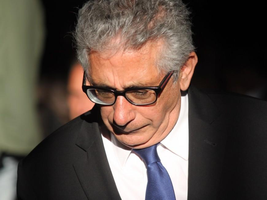"""Collomb souvent à Lyon : """"un message d'abandon envoyé aux nombreuses victimes d'un ministre qui ne s'occupe pas à plein temps de la sécurité"""""""