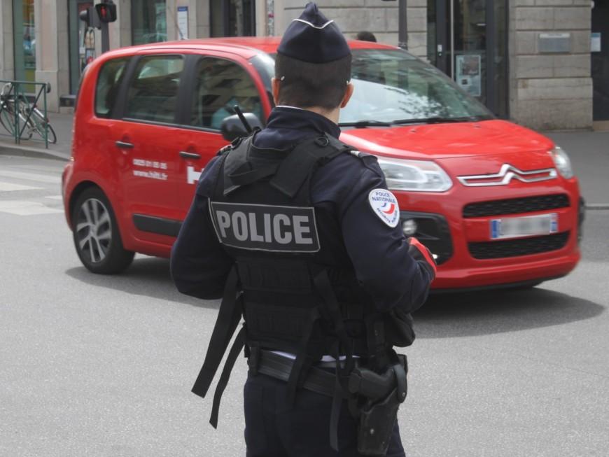 Lyon : un homme poignardé avec un couteau à huîtres