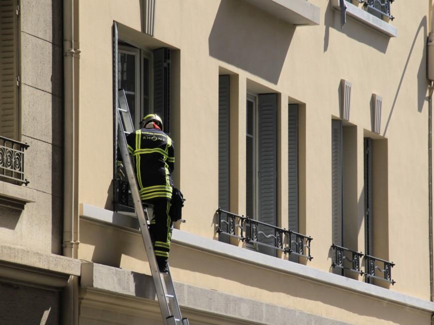 Lyon : le balcon prend feu en centre-ville