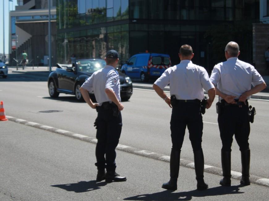 Lyon : il change de place avec son passager, qui n'a pas non plus le permis