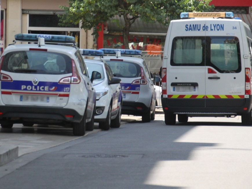 Villeurbanne : un motard se tue, sa passagère dans un état grave