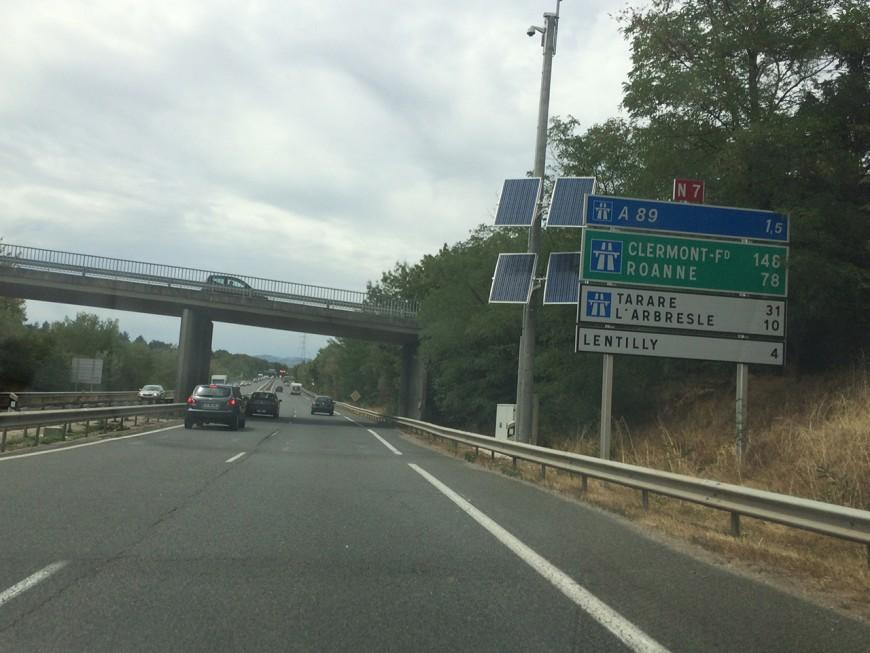Un grave accident de la route entraîne la coupure de l'A89 (Màj)