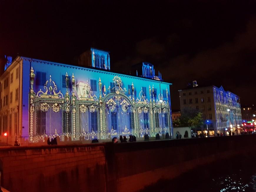 Favoritisme, contrefaçon : la plainte qui secoue la Fête des Lumières à Lyon
