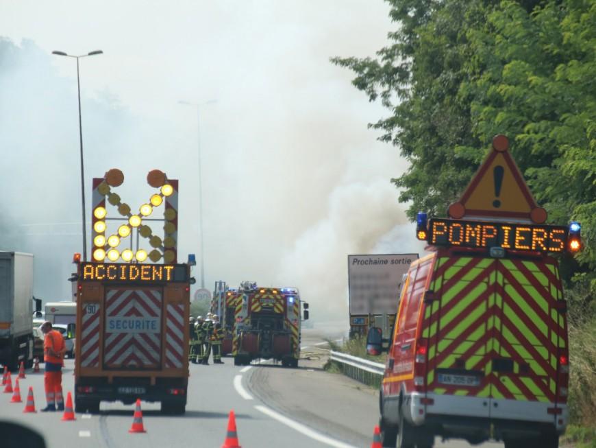 Ils percutent un poids-lourd : deux morts au sud de Lyon