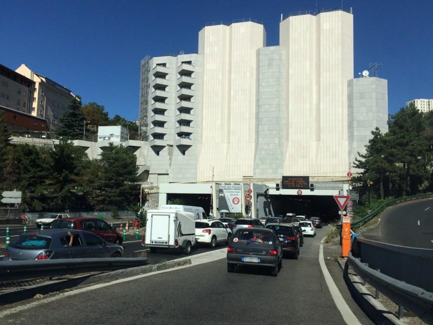 Tunnel de Fourvière : circulation sur chaussée réduite suite à un incident (MàJ)