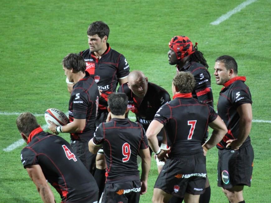 Les joueurs du LOU Rugby en dédicace à la Part-Dieu ce mercredi