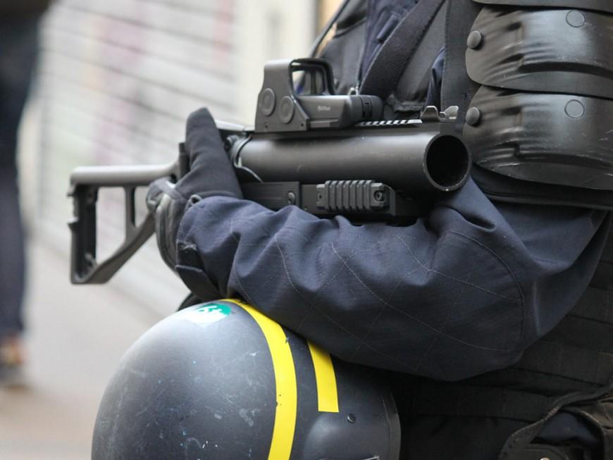 Vénissieux : un lycéen porte plainte contre la police pour violences volontaires