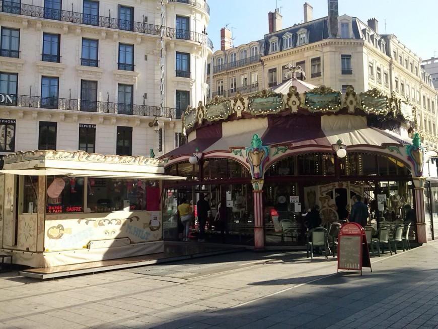 Lyon : le carrousel viré trois mois avant le début des travaux ?