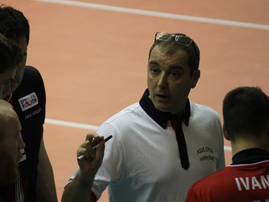 ASUL Lyon Volley : Fabrice Chalendar prend la porte