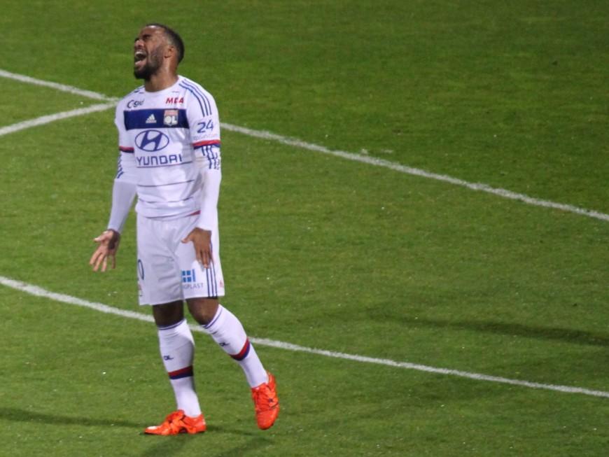 Dijon-OL : sans Lacazette, Lyon redescend sur terre (4-2) - VIDEO