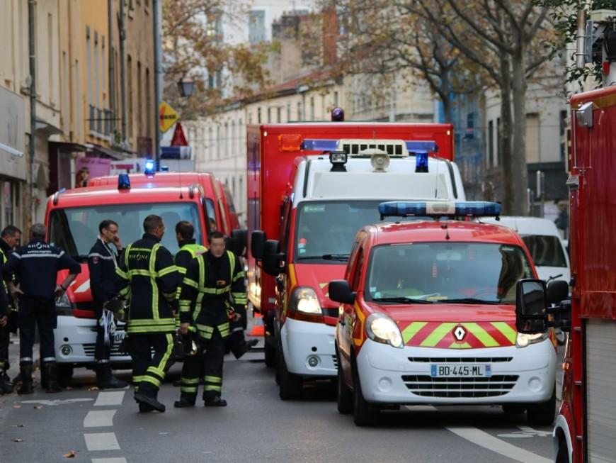 Lyon : le 1er étage d'un immeuble s'effondre