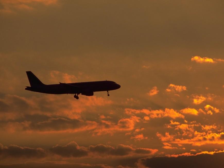 Bagarre dans un avion dérouté à Lyon : le passager irresponsable