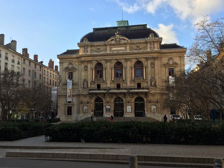 Lyon : des intermittents du spectacle envahissent le théâtre des Célestins