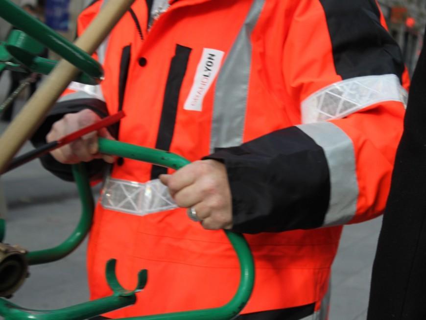 Lyon : l'ARS ne recommande pas de nettoyer l'espace public