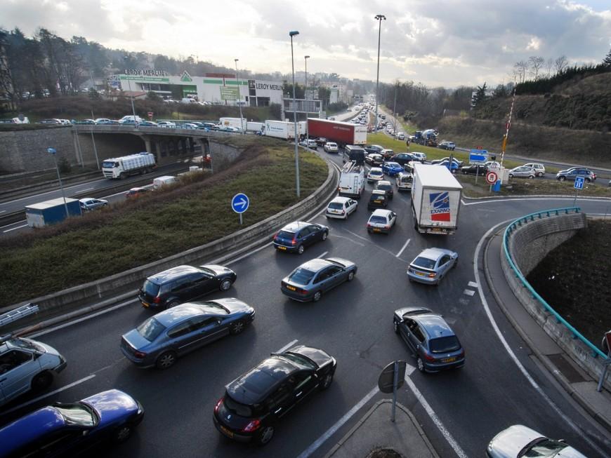 Lyon : le périphérique nord coupé après un accident