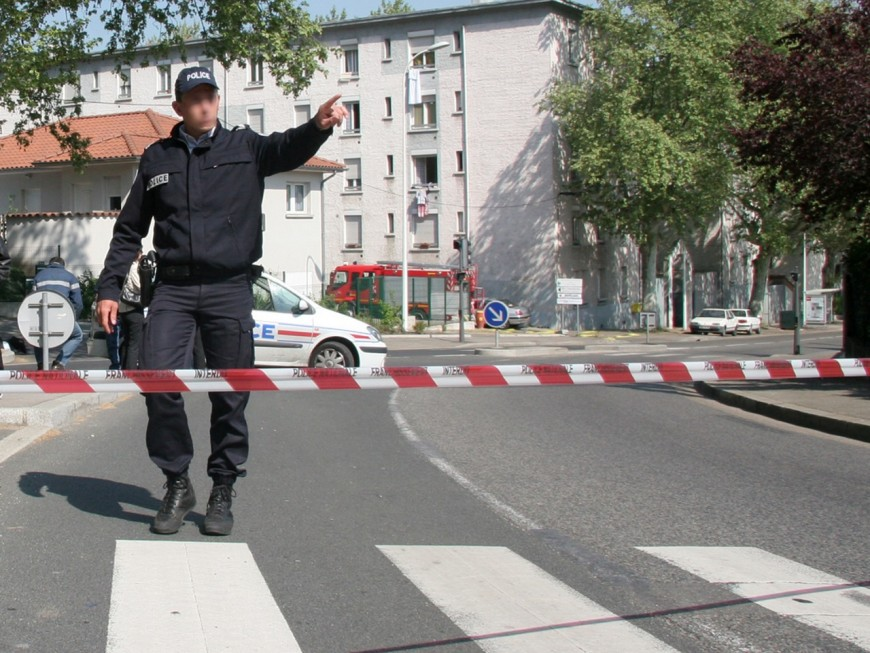 Lyon : les policiers mettent la main sur 750 grammes d'explosifs