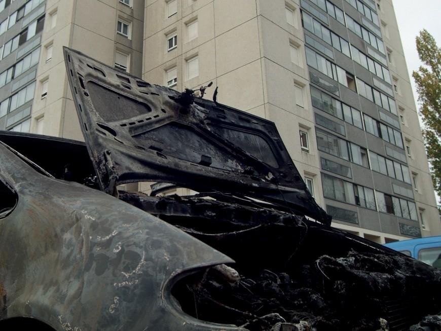 Véhicules incendiés : la flambée de la Saint-Sylvestre dans la Métropole de Lyon [MAJ]
