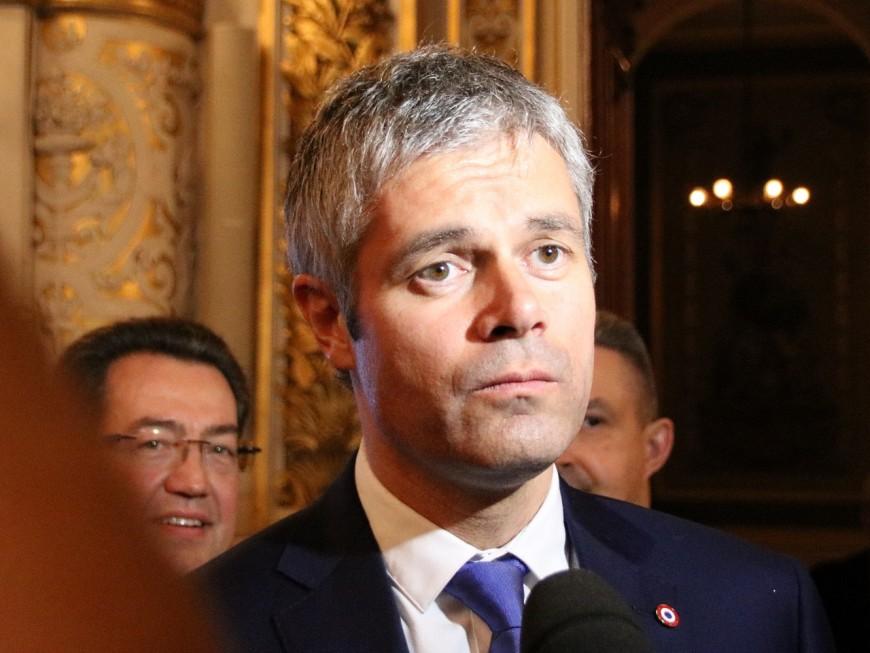 """Wauquiez qualifié de """"joli hologramme de Marine Le Pen"""" par Hamon"""