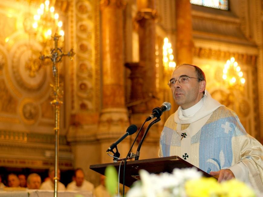 Affaire Preynat : un prêtre appelle le cardinal Barbarin à démissionner